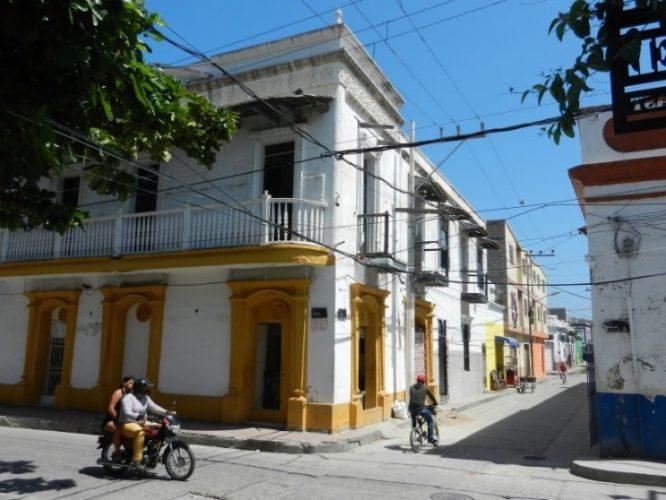 In der Altstadt von Santa Marta